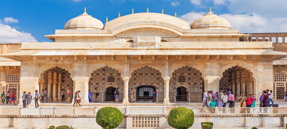 Amer Fort outside Jaipur in Rajasthan Tours Packages